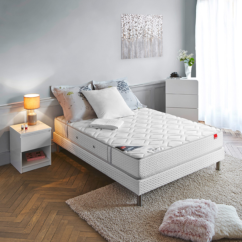 sommier qui grince que faire blog but. Black Bedroom Furniture Sets. Home Design Ideas