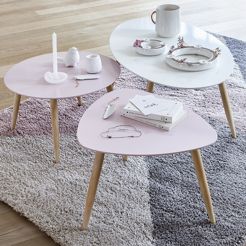 tables basses gigognes roses pastels