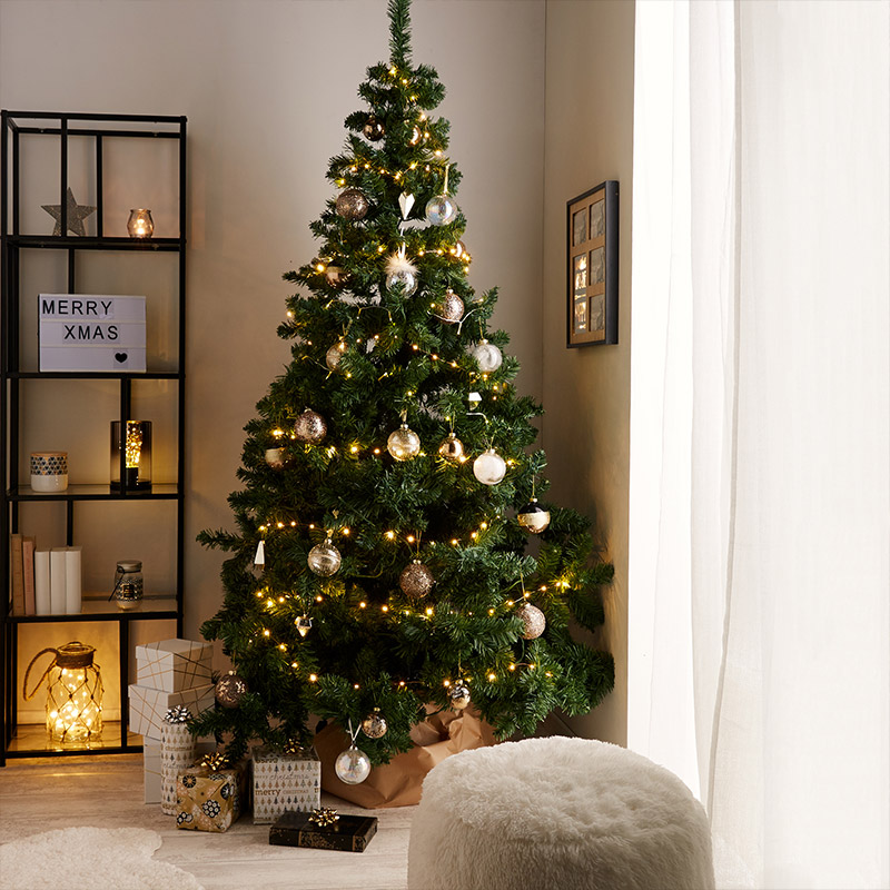 good guirlande lumineuse sapin de noel with guirlande de. Black Bedroom Furniture Sets. Home Design Ideas