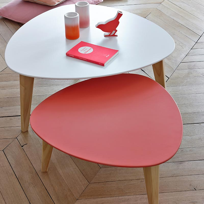 tables gigognes rouge blanc