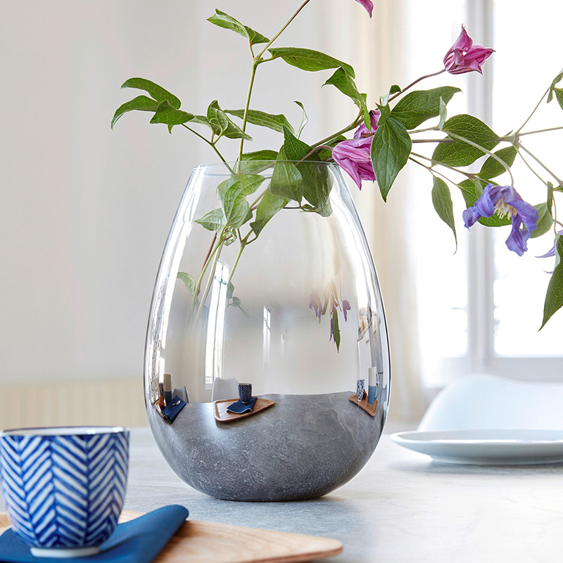 vase transparent rond