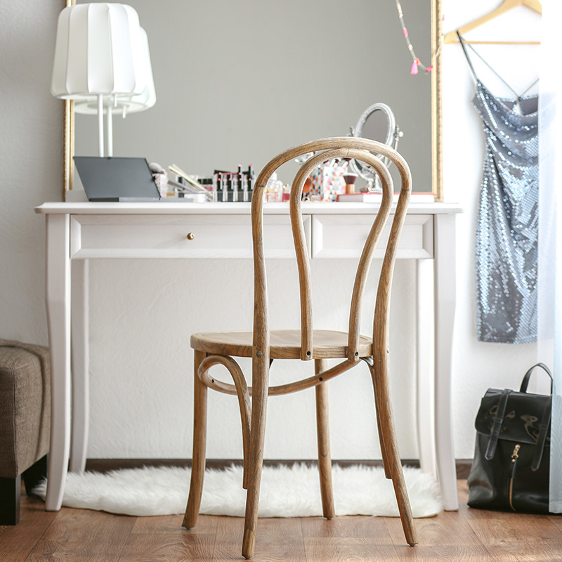 coiffeuse blanche chaise bois