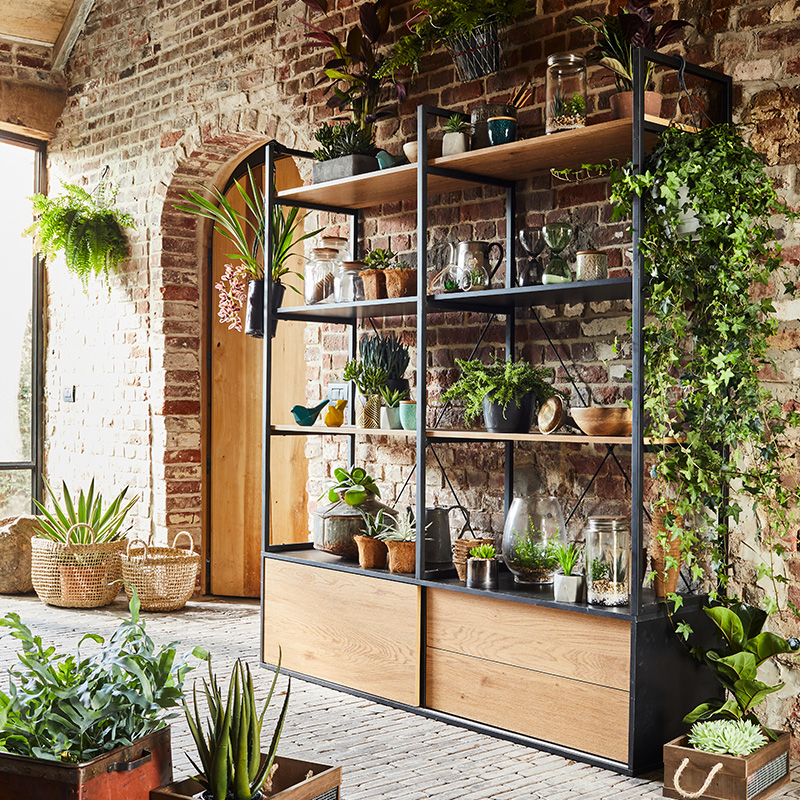 amenager jardin interieur industriel